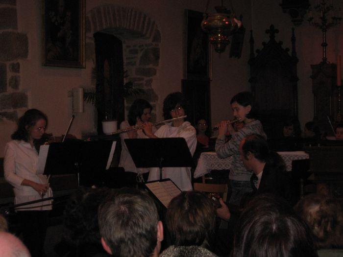 En concert (de gauche à droite :) Laure, Pierre et Clothilde
