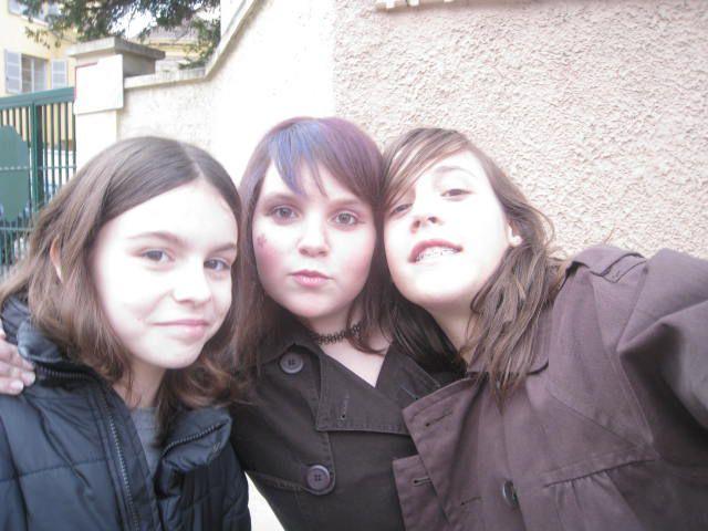 Cader, Claire & Pauline.    <3