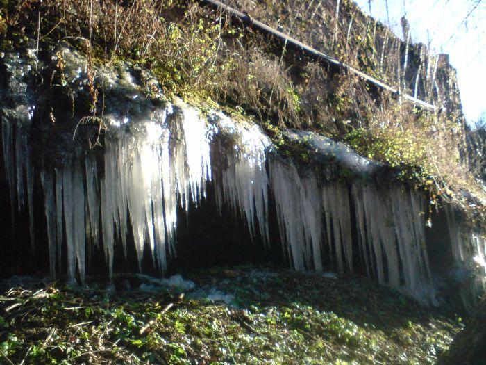 stalactites (le 19/12/07) à Espalion