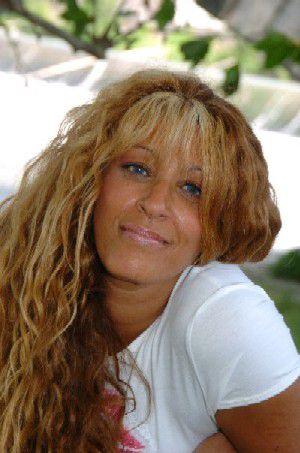NORA artiste chanteuse