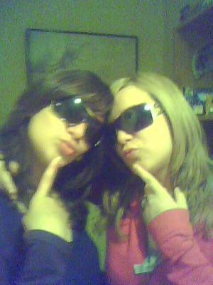 mes puces Emilie et Claire je vous adores