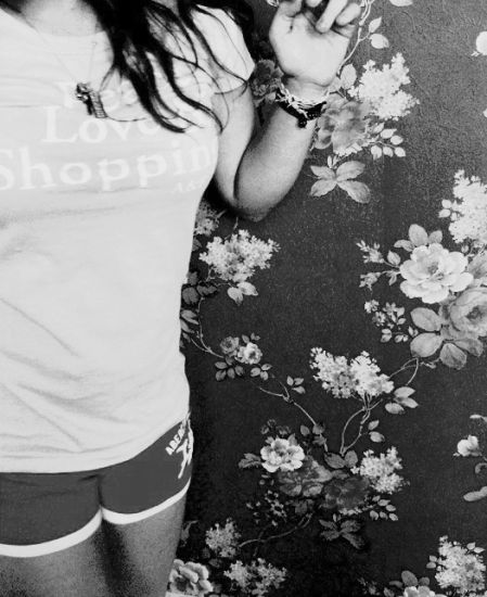 Abercrombie & Fitch. (L)*