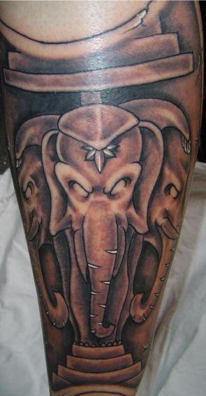 mon tatouage .... les 3 elephants laotiens