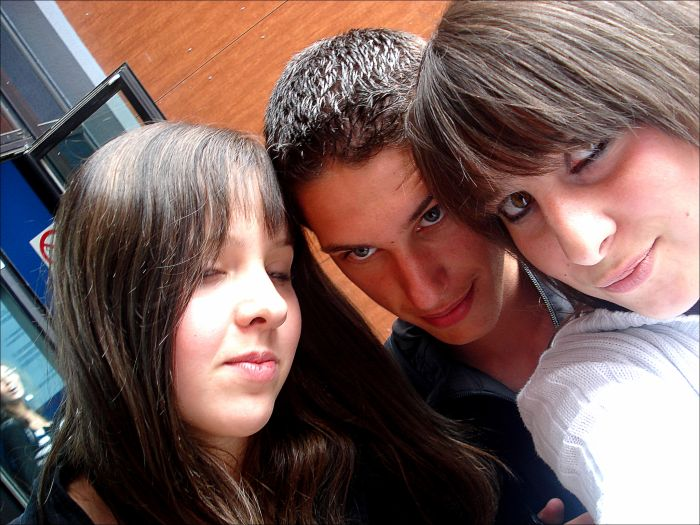 Laure & Guillaume & Moi . LesNumber Oone !