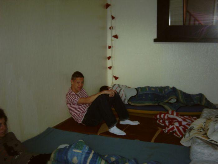 mdr pierick dan le dortoir (ma chambre !!!)