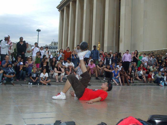 street show au trocadero