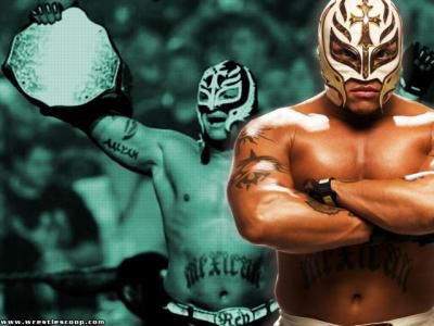 rey mysterio et sa ceinture de champion du monde poid lour