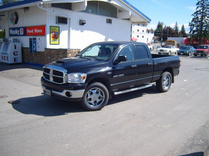 Normal là bas, Dodge RAM style west coast, look chrome !!