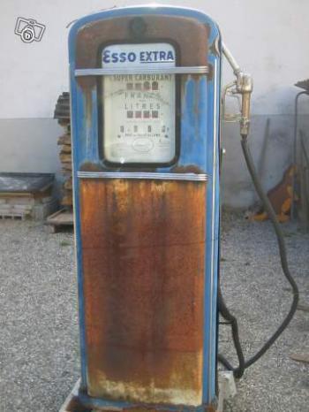 pompe a essence ESSO ^^ ca date