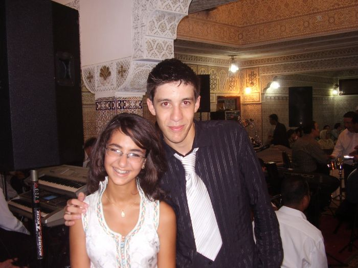 c'est moi et mon cousin alae je t'aime trop bb