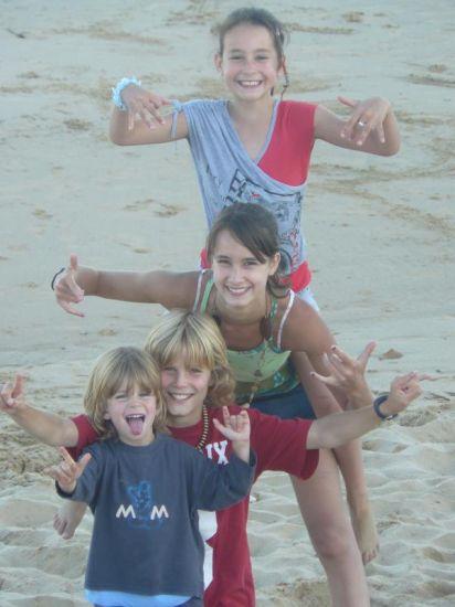 Léa , Anna , Sam et Noah  ((L))