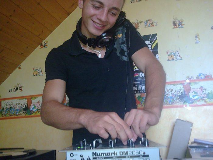 moi en mode DJ ! xD