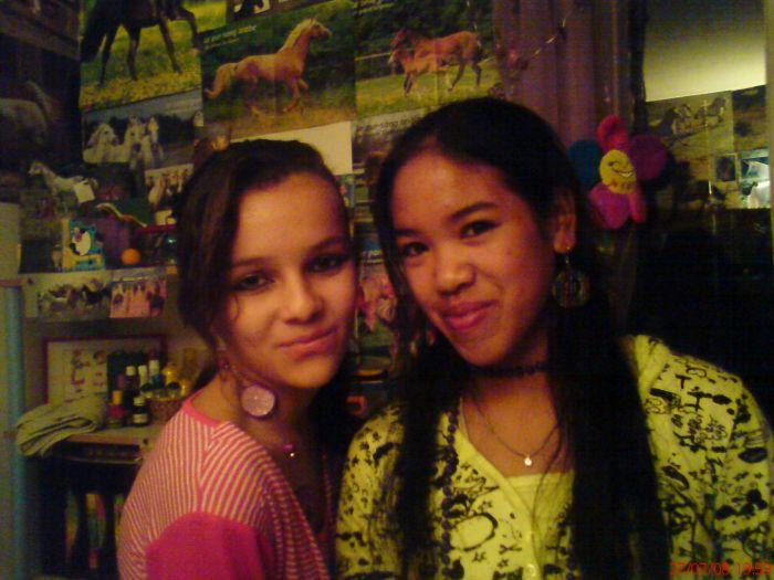Alice & Léna . <3