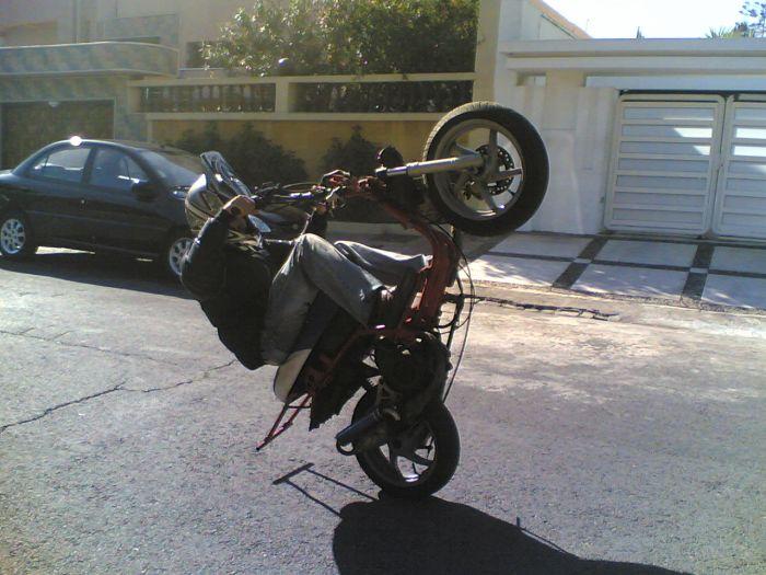 en mo_0de moto
