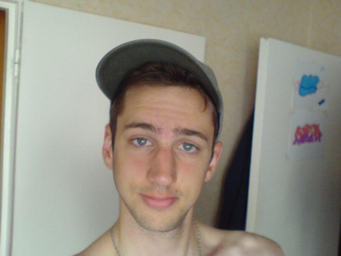 pas coiffé alors casquette ;)
