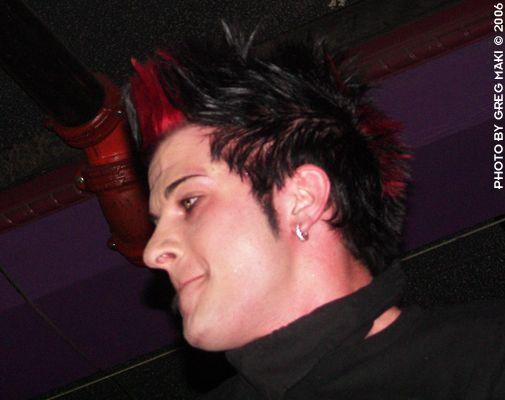 Derrick, le chanteur <3 =)