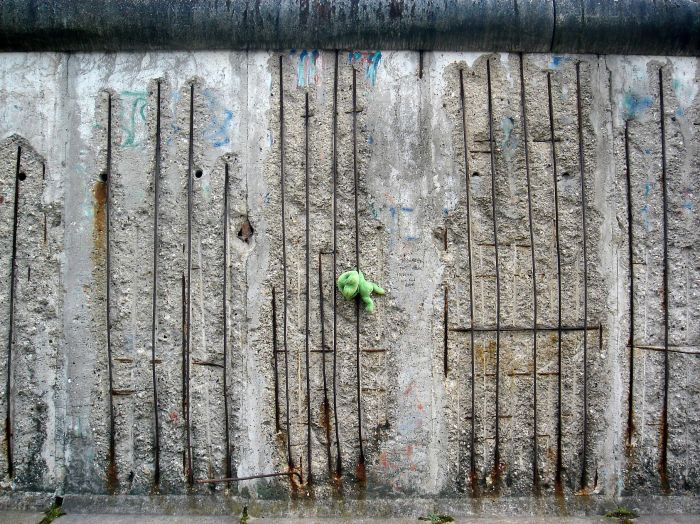 Rabachole sur le Mur de Berlin