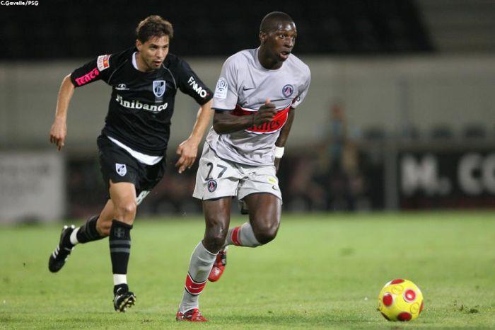 Lors du match amical à Guimarães