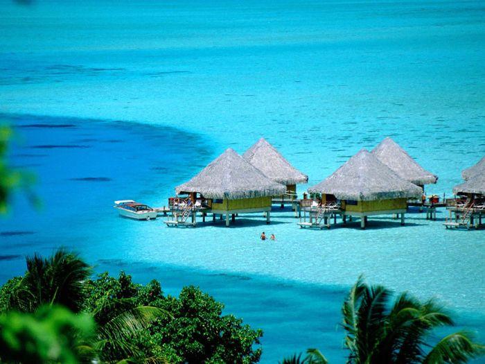 ''  Bora Bora  ''