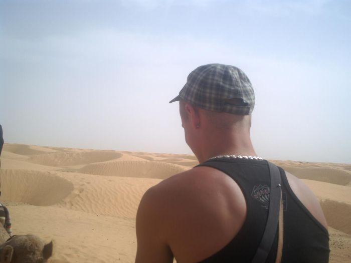 petite ballade a dromadaire dans le desert