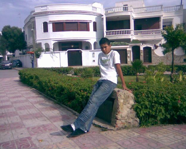 tarik11_love@hotmail.com