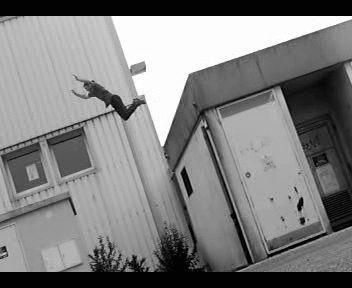 Clement saut de toit