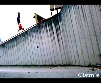 Clement en équilibre