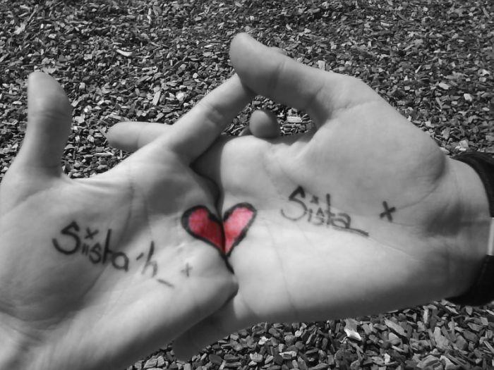 Je l'oublie pas Malgré la Distance ! Je t'aime soeurette !