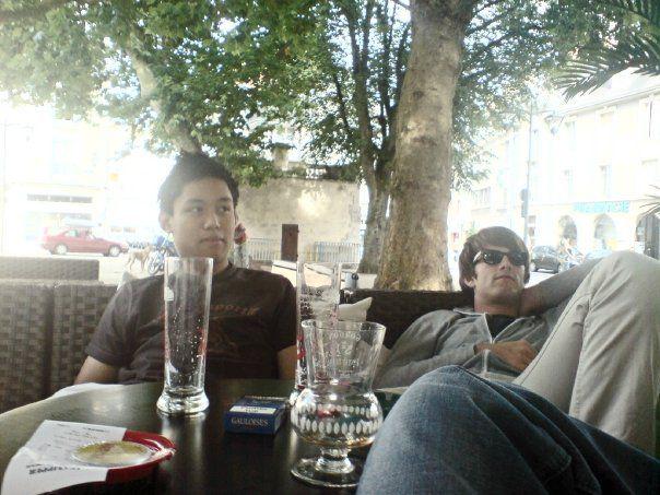 Jambes de Tétonin, Kiki' && Moi - Place Louis XII