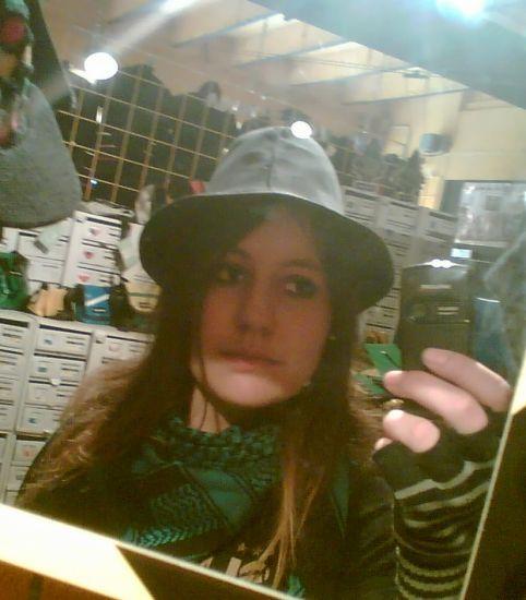 'tiin... jveux ce chapeau xD