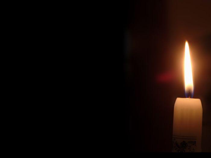 Tel une lumière qui éclaire nos ténèbres.