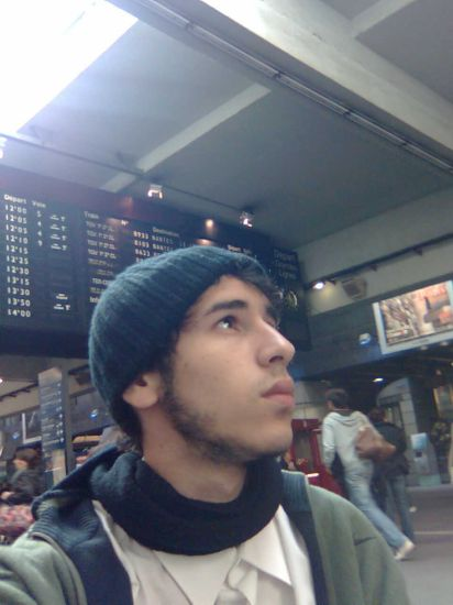 s'ennuyer à la gare Montparnasse en 3 leçons...