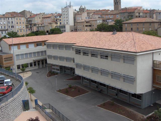 lycée saint Régis et place de la pécourte