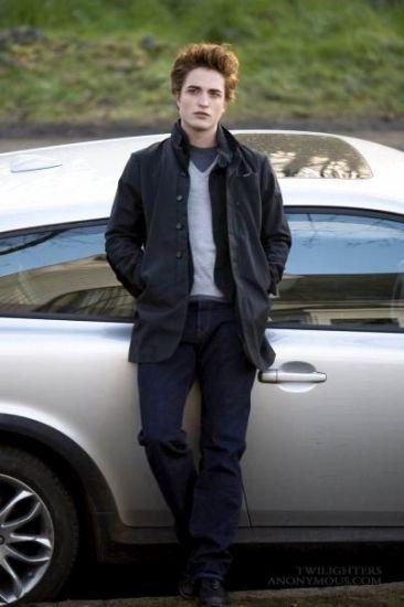 - Edwaet et sa Volvo grise(la fameuse) -