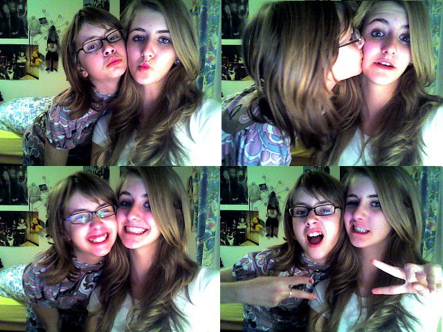 SISTERS ARE GONNA BLOW YOU AWAAAAY <3