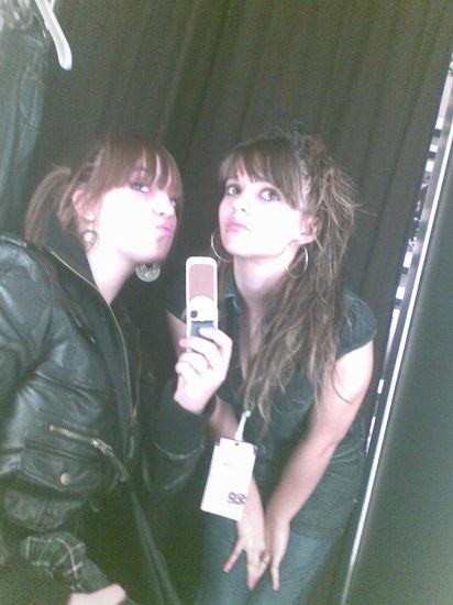 Tonia y Ericka (L)