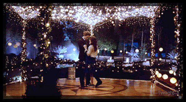 Au bal . Bella && Edward