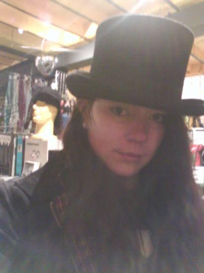 moi et avec un chapeau haute forme