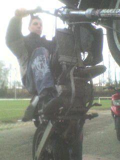 moi en mode stunt