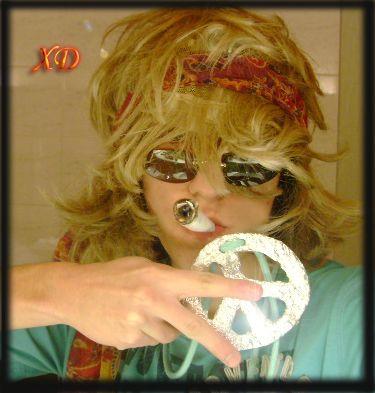 Romain en mode hippie pour oral français x'D