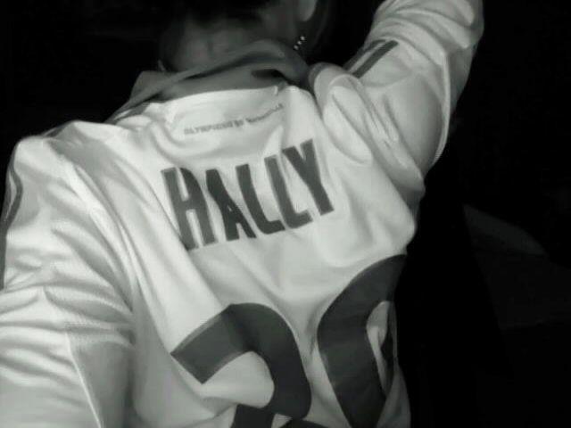 Hally l' OM =D