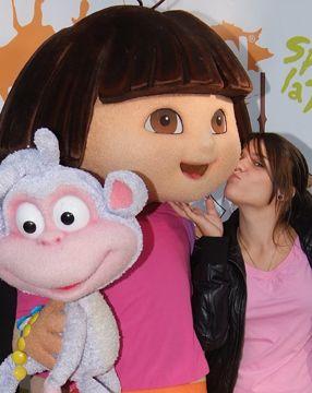 Dora <3
