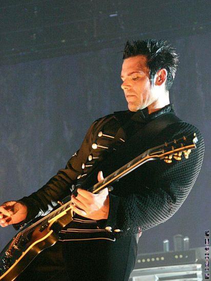 le beau gitariste de rammstein richard