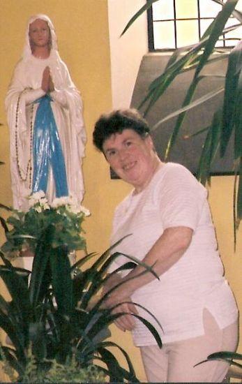 Notre Dame de Lourdes  protégez-nous tjrs