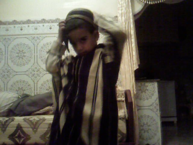 mi hijo vistedo marocan