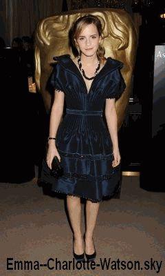 Emma a la pré-cérémonie des BAFTA's