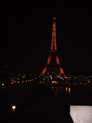 The Eiffel Tower, tp bon voyage ak Les TMS et T BAC A <3