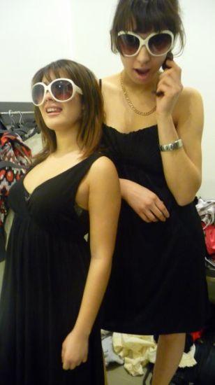 Biba And Moi en Mode La Classe A Dallas (L)