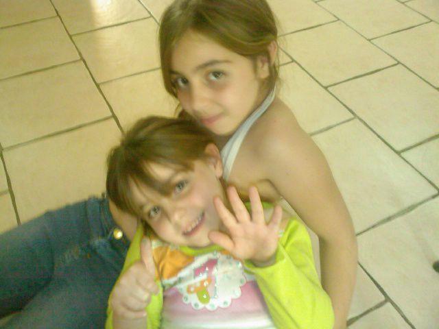 mes deux autres nièces que j'adore !!!!