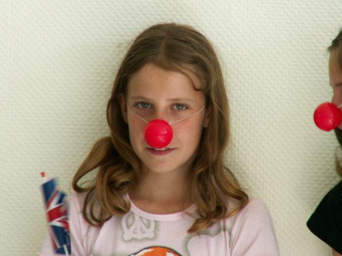 Maëlys avec son nez de clown